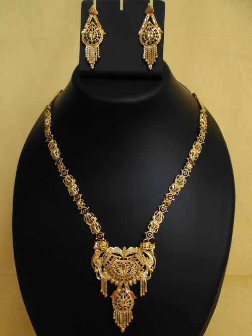 23.5 Carat Gold-Plated Necklace Set 10820