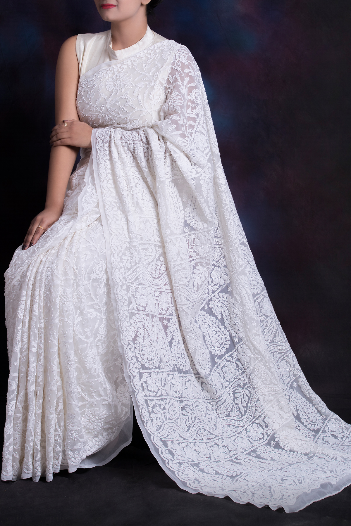 White Color Allover Jaal Heavy Palla Hand Embroidered Lucknowi Chikankari Saree (With Blouse - Georgette) KC250617